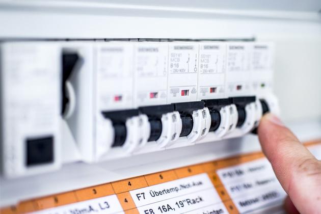 Kleinkredit bei einer hohen Stromrechnung